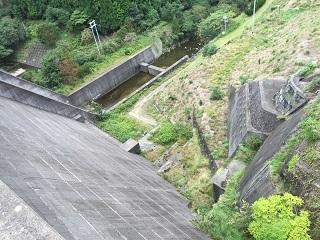 119諭鶴羽ダム02.jpg